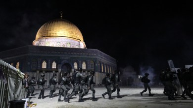 Photo of القدس..القوات الإسرائيلية تواصل اقتحام المسجد الأقصى وتسقط عشرات الجرحى