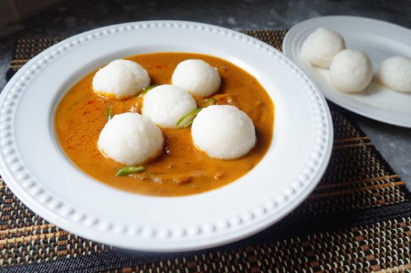 tuwo-tuo-shinkafa-wake-hausa-gbegiri-amala-abula-yoruba-ewedu-soup