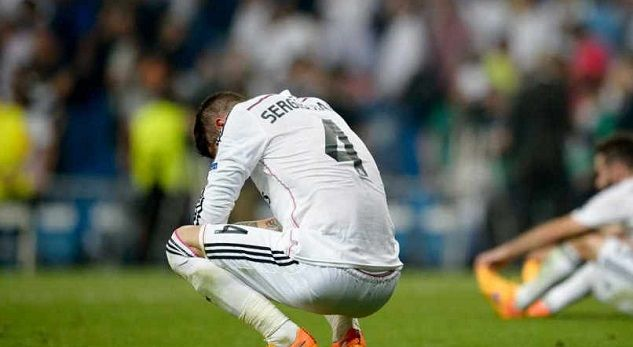 Sergio Ramos enters the dressing room as if Real Madrid belonged to him