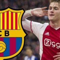 De Ligt and his agent Raiola answer to Barcelona
