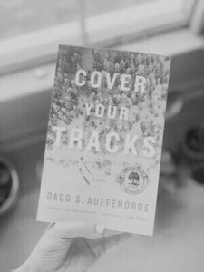 Read more about the article Review: Cover Your Tracks by Daco S. Auffenorde