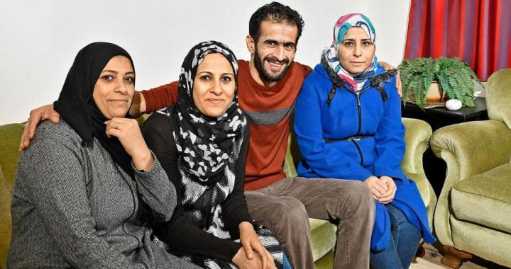Gratulujeme! Syřan, který uprchl do Německa se třemi manželkami, čeká 14. dítě. Kolik je trest za polygamii u nás?