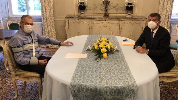 ministr Roman Prymula střet zájmů koronavirus, pokec24