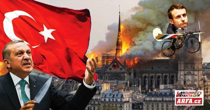 Brutální útoky islámských teroristů ve Francii. Uřezané hlavy, hořící kostely, střelba na kněze… Slabý prezident Macron jako loutka bankéřů. Erdoganův posupný chechot. Dopis jako komentář: Stanislav Novotný