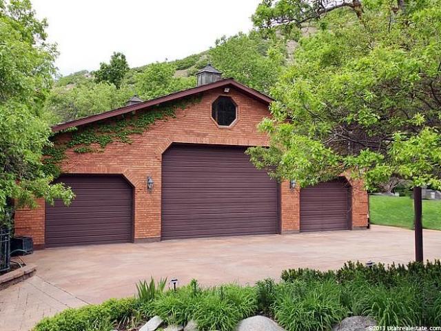 Sandy, Utah Garage