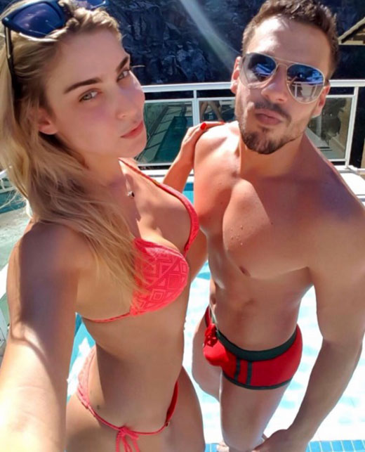 Sexy Couples in Bikini