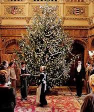 It's 107 outside. Inside I'm watching Downton Abbey Christmas, entranced by the tree.