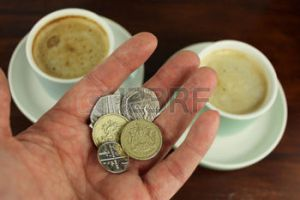 A pound is a coin that weighs about a pound, or almost. It's very heavy.