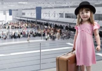 girl-at-the-airport