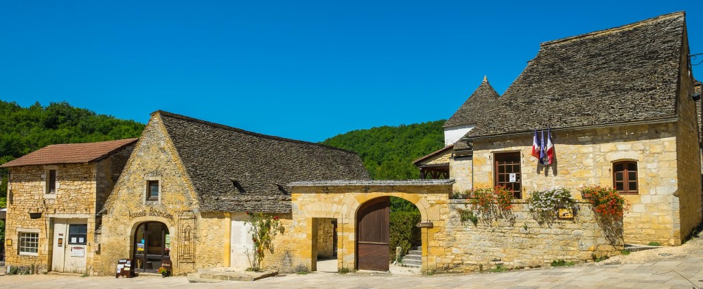 Saint-Amand-de-Coly France Limousin Dordgone Abbey Medieval Travel Europe History