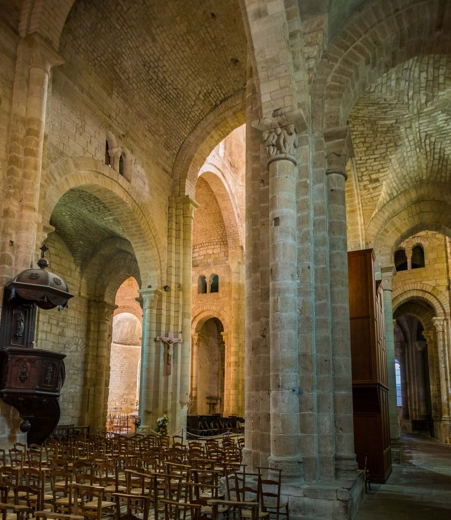 Beaulieu-sur-Dordogne Beaulieu Dordogne France Travel Medieval History Corrèze