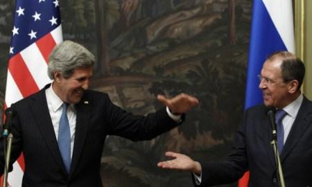 وزير الخارجية الروسي سيرغي لافروف ونظيره الأمريكي جون كيري