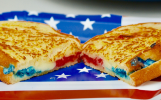 How To Make A Red, White, And Blue Grilled Cheese