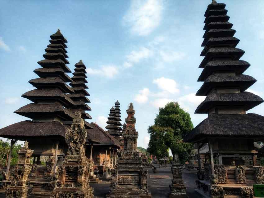 pura taman ayun Top 10 temples in Bali bali indonesia laid back traveller laidbacktraveller.com