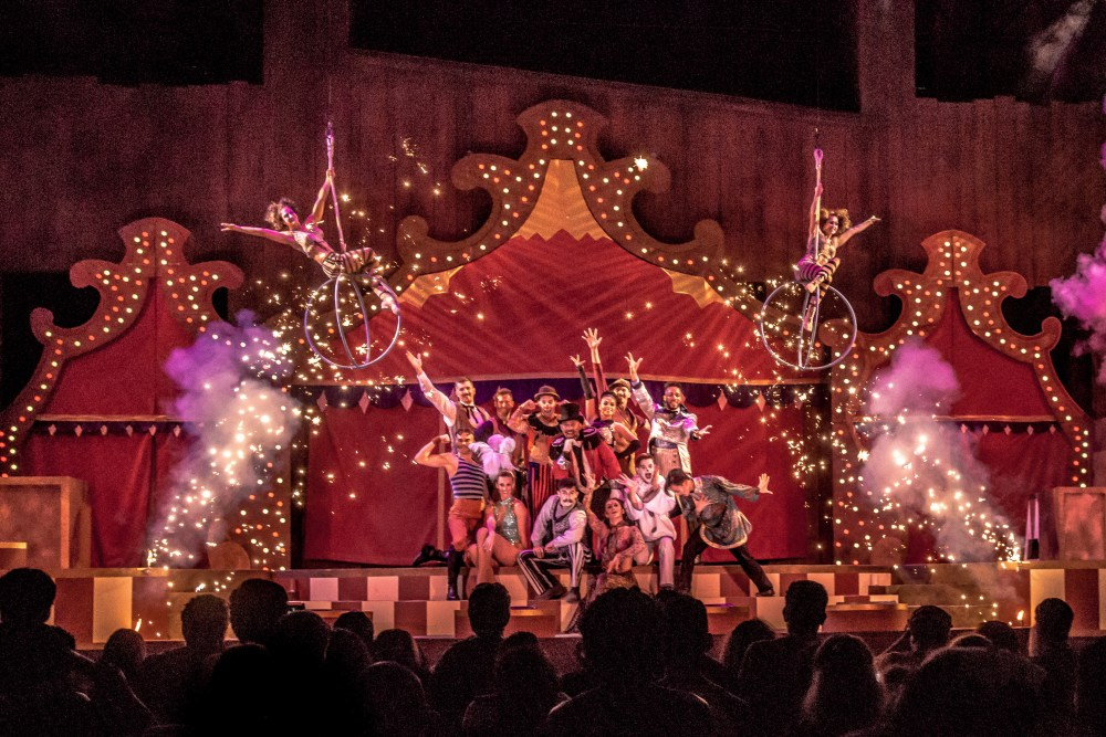 Knotts Berry Farm: Circus of Wonders