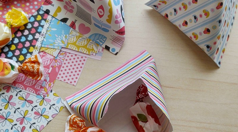 How to Make Triangle Candy Pockets