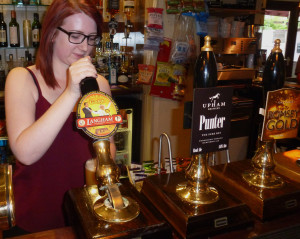 2014_5802_Oliver Cromwell_Co-ale-gold_Aug_002