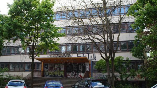 Adalbertschule: Der Wegfall der Sportflächen (..) hat  Auswirkungen  auf  den  Sozialraum