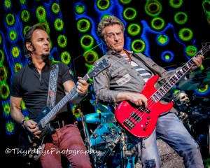 Jonathan Cain and Ross Valory of Journey performing in Saint Louis