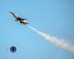 USAF Thunderbirds photo by Sean Derrick/Thyrd Eye Photography
