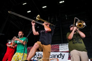 Stacked Like Pancakes performing Wednesday in Saint Louis for Vans Warped Tour. Photo by Ryan Ledesma.