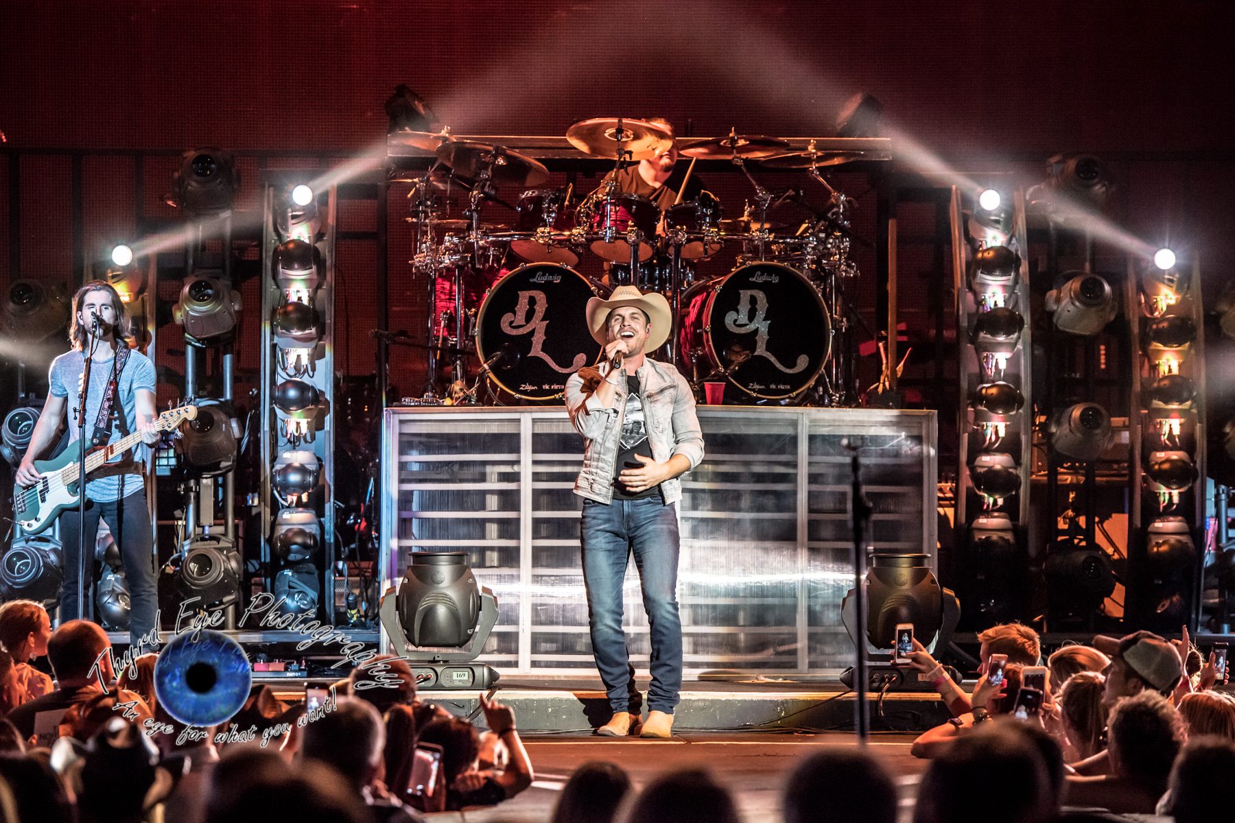 Brad Paisley Closed Out Tour In Saint Louis On High Note Midwest