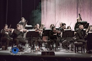 The orchestra performing with Evanescence Sunday at Peabody Opera House in Saint Louis. Photo by Sean Derrick/Thyrd Eye Photography.