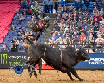 Derek Kolbaba competing in the PBR Saint Louis Invitational. Photo by Sean Derrick/Thyrd Eye Photography.