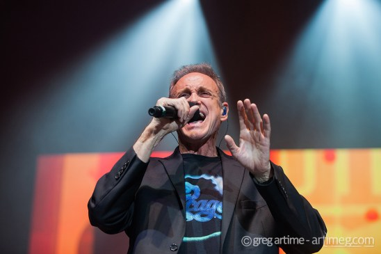 Chicago performing at Hollywood Casino Amphitheatre in Saint Louis Saturday. Photo by Greg Artime.