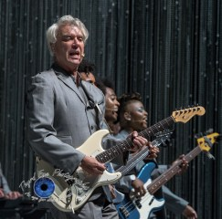David Byrne performing at Peabody Opera House in Saint Louis Friday. Photo by Sean Derrick/Thyrd Eye Photography.