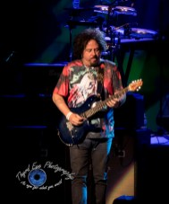Steve Lukather performing with Ringo Starr and his All-Starr Band at the Fabulous Fox Theatre in Saint Louis Friday. Photo by Sean Derrick/Thyrd Eye Photography.