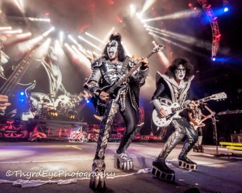 KISS performing at the Hollywood Casino Amphitheatre in Saint Louis Photo by Sean Derrick/Thyrd Eye Photography.