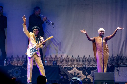 Nile Rodgers and Chic performing at Enterprise Center in Saint Louis Friday, May 10. Photo by Sean Derrick/Thyrd Eye Photography.