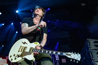 Goo Goo Dolls at the Hollywood Casino Amphitheatre. Photo by Keith Brake.