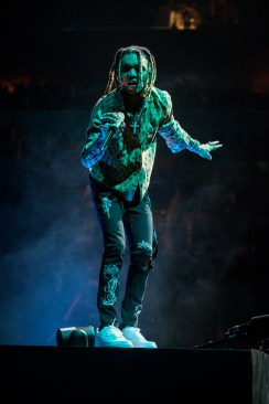Swae Lee at Enterprise Center. Photo by Ryan Ledesma.