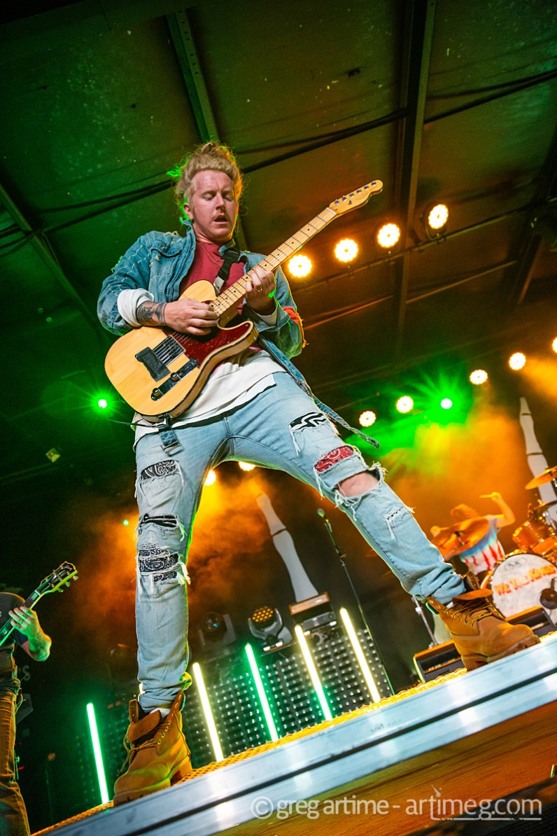 We The Kings at Pop's