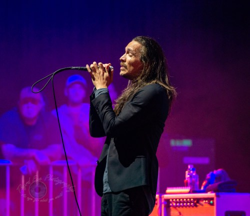 Incubus performing at Stifel Theatre in Saint Louis. Photo by Sean Derrick/Thyrd Eye Photography.