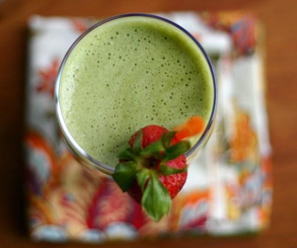 Verde Coco-Berry Smoothie