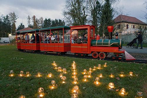 500 Eisenbahn mit Lichtern Adventszauber