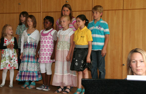 wpid-468-1-Kinderkonzert-der-Musikschule-Bauland-2011-07-16-22-23.jpg