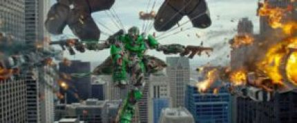 transformers-4-l-age-de-l-extinction-photo-parachute et combat