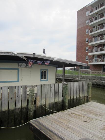 NSL99_Farwell Barge