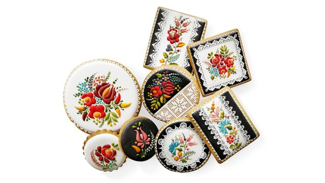 For Hungarian artist Judit Czinkné Poór, a cookie is so much more than a disk of baked dough; it's a canvas for intricate works of art. Using icing and food coloring, she paints meticulous designs inspired by traditional Hungarian embroidery—which blend vibrant blooms like lilies, tulips, and daffodils with astonishingly delicate filigree details—onto the surface of her baked goods.  Read more: http://www.oprah.com/food/photos-of-judit-czinkne-poors-hand-painted-lace-cookies#ixzz6j5c2lrF4