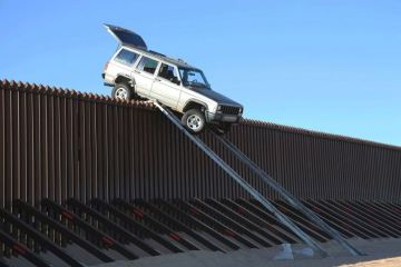 us-mexico-border-wall-drive-over-it