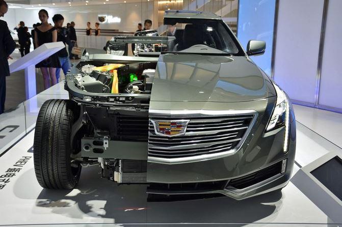 2016 Cadillac CT6 Plugin cut in half Shanghai