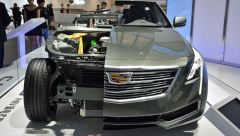 2016-Cadillac-CT6-Plugin-cut-in-half-Shanghai