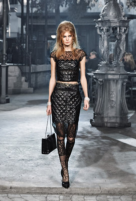 Chanel_runway_fashion_magazine_social (12)
