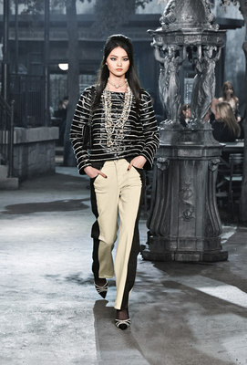 Chanel_runway_fashion_magazine_social (16)
