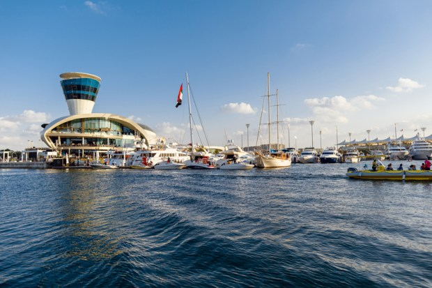 YasMarina_View-from-the-waterside