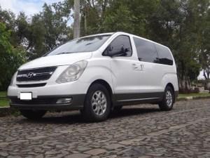 H1-Hyundai 11 passengers